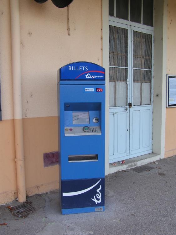 Agent électronique bleu, vendeur de billet uniquement TER Bourgogne